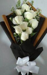 modern rózsacsokor